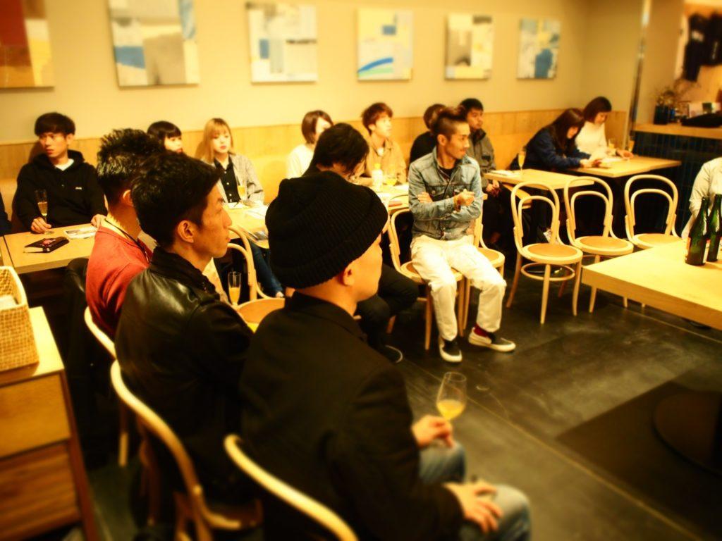 OUROUR アゥア ホテル カフェ ミニマルホテル 檜風呂 ランニングステーション ワイン イベント